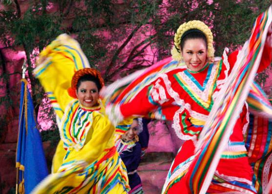 移民墨西哥 融入墨西哥生活习俗文化