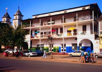 几内亚比绍的文化艺术发展历程,移民几内亚比绍,感受不一样的文化韵味
