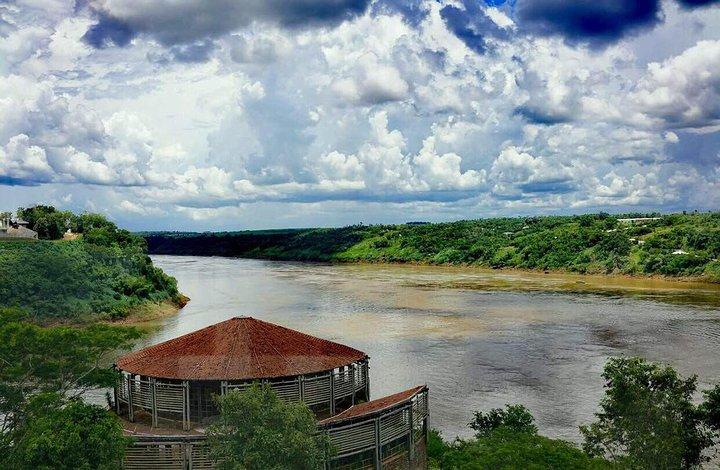 巴拉圭移民景点之巴拉圭河,富有生命的水流