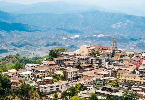 厄瓜多尔永久居留权需要多少钱?