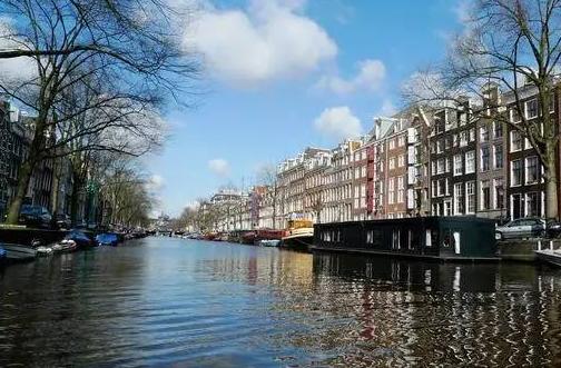 荷兰移民优势:荷兰的退休养老福利好不好?