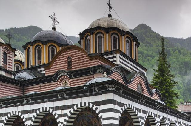 保加利亚护照免149个免签国,变成了153个免签国