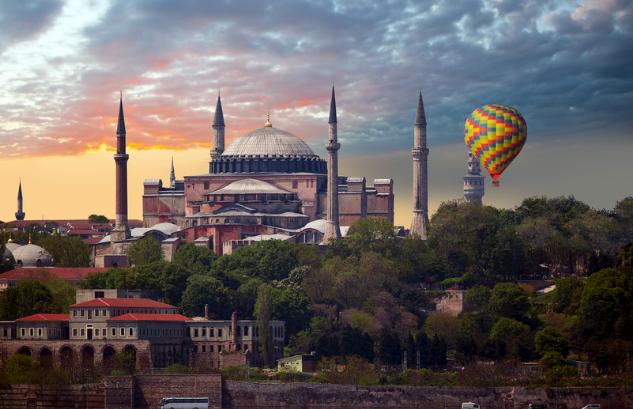 土耳其是不是经常打仗不安全?当地人会排外吗?