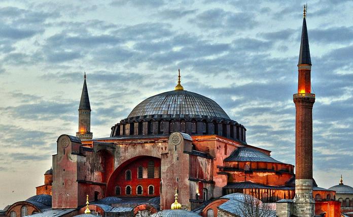土耳其购房移民和存款移民怎么选择?