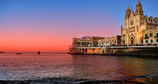 在马耳他怎么考驾照?国外开车和国内有什么不同吗?
